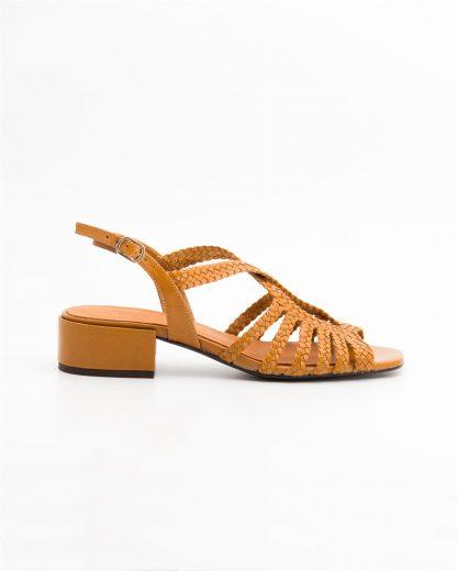 Sandalia trenzada de piel