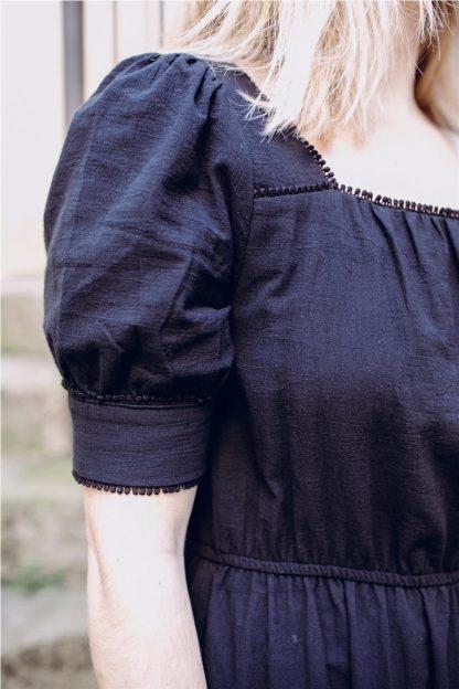 Vestido mangas afaroladas