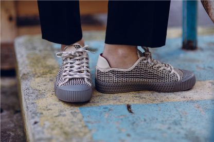 Sneaker vegana GRIS