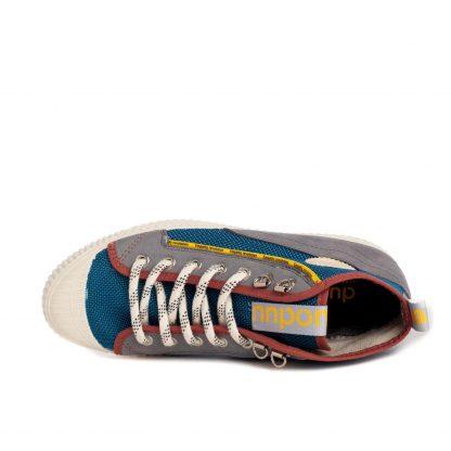 Sneaker bota